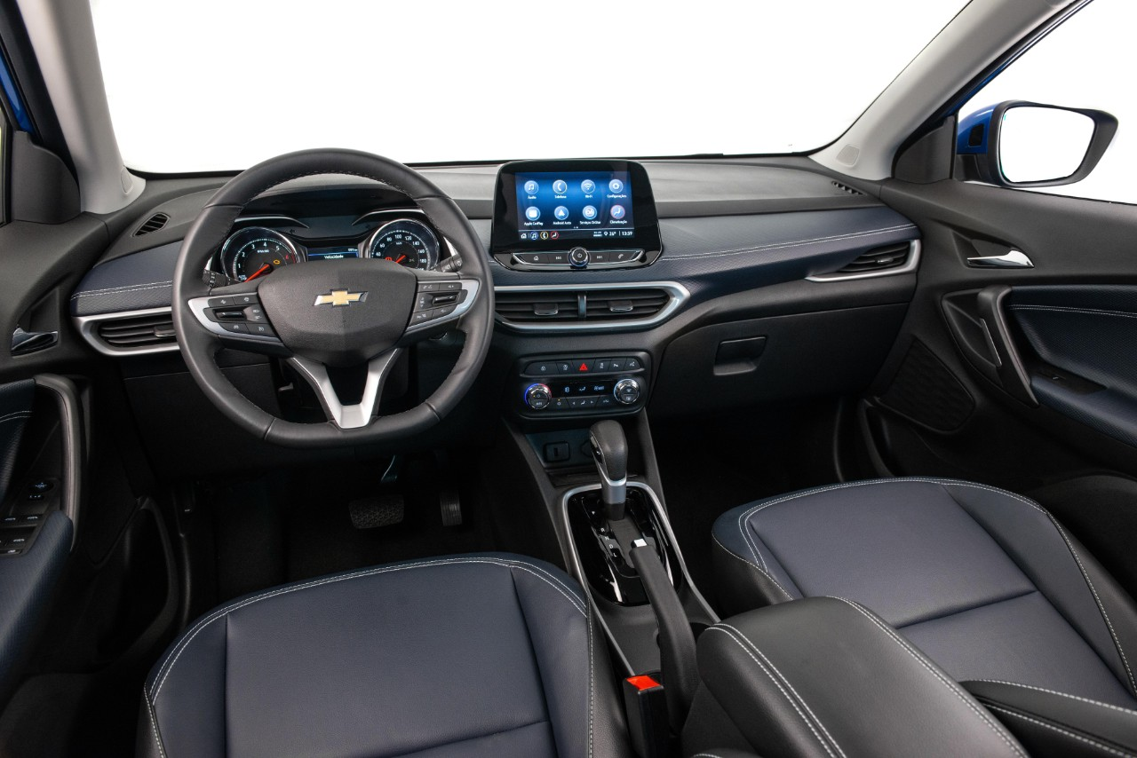 Chevrolet Tracker 2021 interior