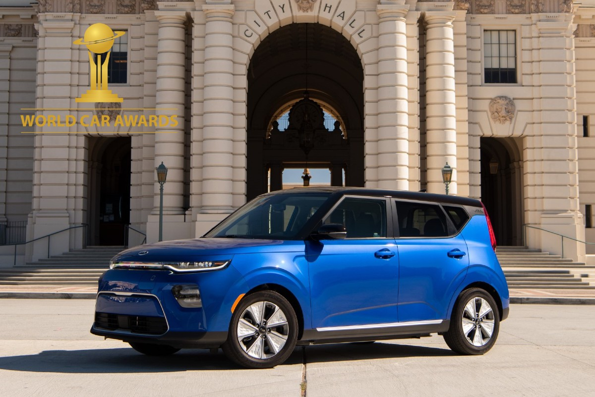 kia Soul EV world car awards