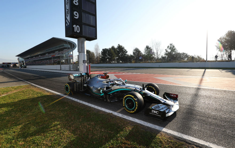 lewis hamilton mercedes tests